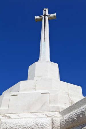 sacrificio: Cruce de los Sacrificios de Tyne Cot Cemetery en Ypres