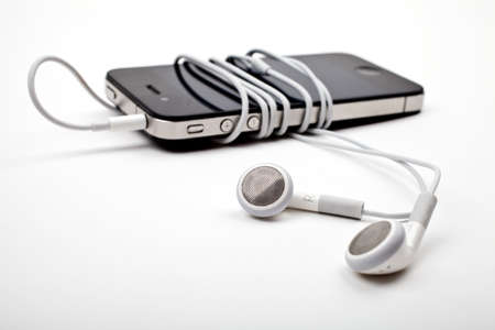Music Player and Earphones Stock Photo - 15168884