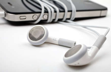 Music Player and Earphones Stock Photo - 15169030
