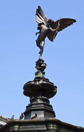 shaftesbury: Eros Statue in Piccadilly Circus, London Stock Photo