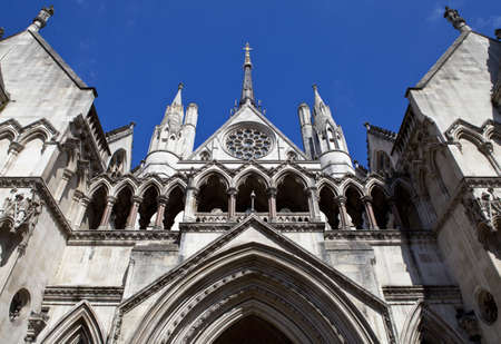 The Royal Courts of Justice in London. 版權商用圖片