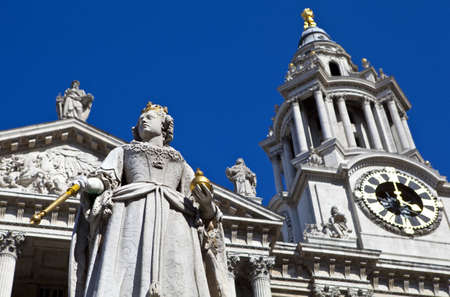 The Queen Anne Statue situated infront of St Pauls Cathedral in London. Stock Photo - 19411923
