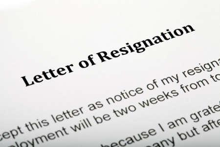 Cerca de una carta de renuncia