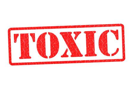 riesgo quimico: Sello de goma TOXIC sobre un fondo blanco. Foto de archivo