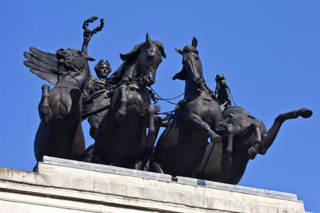 The Quadriga that sits ontop of the Wellington Arch in London  photo