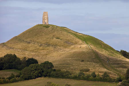 De historische Glastonbury Tor in Somerset, Engeland