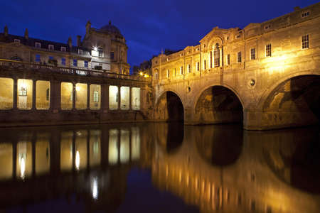 The magnificent Pulteney Bridge in Bath  photo