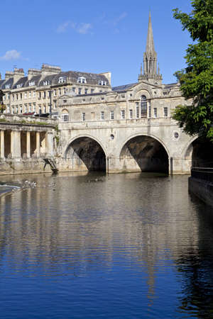 somerset: Pulteney Bridge and the River Avon in Bath   St Michael