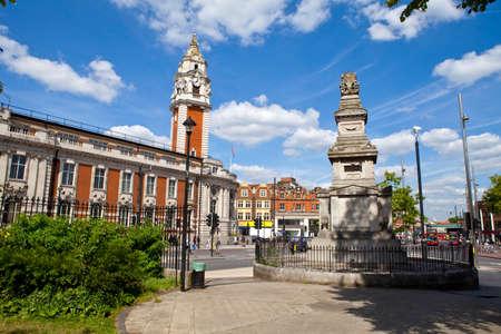 De Budd Memorial en Lambeth stadhuis in Brixton, Londen Stockfoto - 22850427