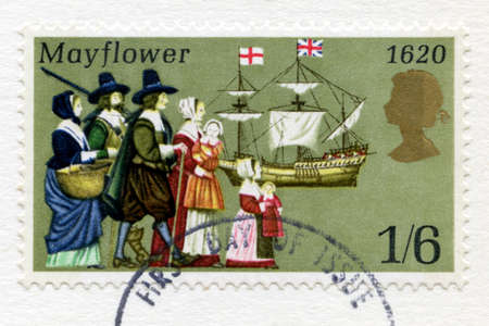 mayflower: UNITED KINGDOM - CIRCA 1970: A used British postage stamp celebrating the 350th Anniversary of the Pilgrim Fathers Journey in the Mayflower to the New World, circa 1970.