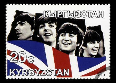 KYRGYZSTAN - CIRCA 2001: Een postzegel uit Kirgizië portretteren een beeld van The Beatles, circa 2001. Redactioneel