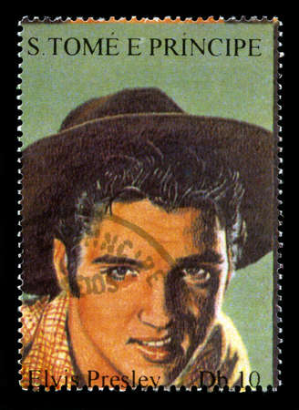 S. TOME E PRINCIPE - CIRCA 2005: Postage Stamp from S. Tome E Principe featuring a portrait of legendary Rock and Roll Performer Elvis Presley, circa 2005.