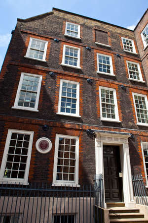 english famous: LONDON, UK - JUNE 12TH 2014  The former home of famous English writer and lexicographer Dr Samuel Johnson located at 17 Gough Square in London on 14th June 2014
