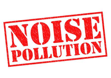 contaminacion acustica: Goma roja CONTAMINACI�N AC�STICA sello sobre un fondo blanco.