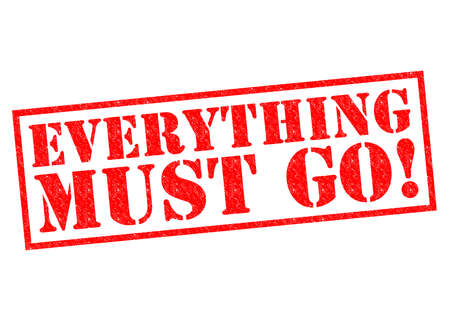 EVERYTHING MUST GO! red Rubber Stamp over a white background. 版權商用圖片 - 35808329