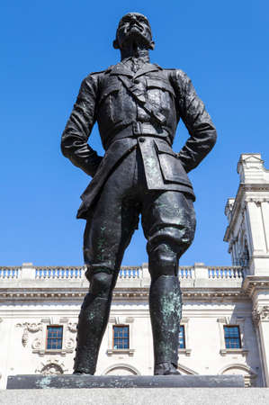 minister of war: A statue of former President of South Africa and Military Leader Jan Smuts, situated on Parliament Square in London.