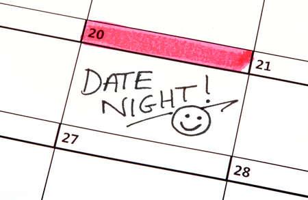 Een Date Night in de kijker op een kalender. Stockfoto - 40217683