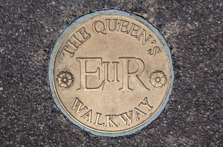 windsor: A plaque marking the Queen's Walkway in Windsor, Berkshire.