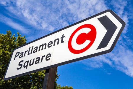 parliament square: the direction of Parliament Square and also displaying the Congestion Charge symbol Stock Photo