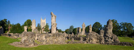 A view of the remains of Bury St Edmunds Abbey and St Edmundsbury Cathedral in Bury St. Edmunds, Suffolk. Stock Photo