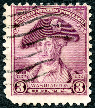 george washington: UNITED STATES OF AMERICA - CIRCA 1932: A used US postage stamp with an illustration of the first President of United States, George Washington, circa 1932. Editorial