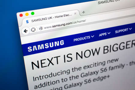 samsung: LONDON, UK - OCTOBER 21ST 2015: The homepage of the official Samsung company website, on 21st October 2015.