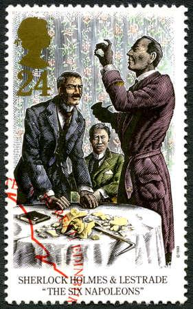 Gran Bretaña - alrededor de 1993: Un sello utilizado en el Reino Unido, que representa una ilustración de una escena de una historia de Sherlock Holmes de Sir Arthur Conan Doyle, alrededor del año 1993. Editorial