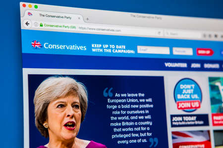 LONDON, UK - APRIL 13TH 2017: The official homepage of the Conservative Party, on 13th April 2017. 新聞圖片