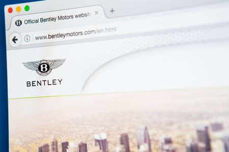 LONDON, UK - 27. APRIL 2017: Die Homepage der offiziellen Website für Bentley, der britische Hersteller und Vermarkter von Luxusautos und SUVs, am 27. April 2017. Standard-Bild - 77203897