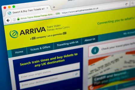 ロンドン、イギリス - 2017 年 6 月 8 日: 2017 年 6 月 8 日に、Arriva の列車ウェールズの公式のウェブサイトのホームページ。 Arriva はウェールズ ・ ボー 報道画像