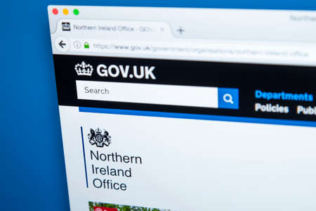 LONDON, UK - OCTOBER 30TH 2017: The homepage of the Northern Ireland Office on the UK Government website, on 30th October 2017. 에디토리얼