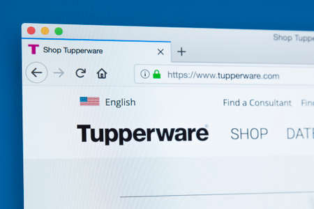LONDON, UK - NOVEMBER 25TH 2017: The homepage of the official website for Tupperware - the home products line that includes preparation, storage, containment and serving products, on 25th November 2017. Sajtókép
