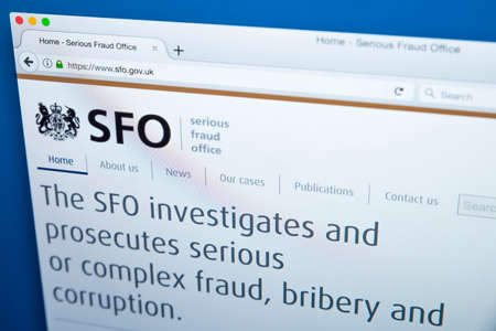 LONDON, UK - NOVEMBER 17TH 2017: The homepage of the official website for the Serious Fraud Office - the non-ministerial UK government department, on 17th November 2017. 에디토리얼