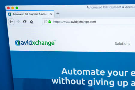 LONDON, UK - JANUARY 15TH 2018: The homepage of the official website for AvidXchange - the American company that provides automated AP solutions and accounting software, on 15th January 2018. 報道画像