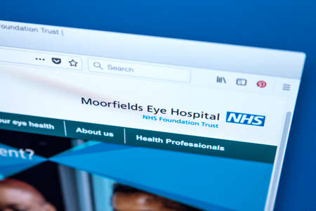 LONDON, UK - MARCH 5TH 2018: The homepage of the official website for the Moorfields Eye Hospital NHS Foundation Trust in the UK, on 5th March 2018. Redactioneel