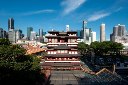 relic: This image shows the Buddhas Relic Tooth Temple in Singapore Chinatown