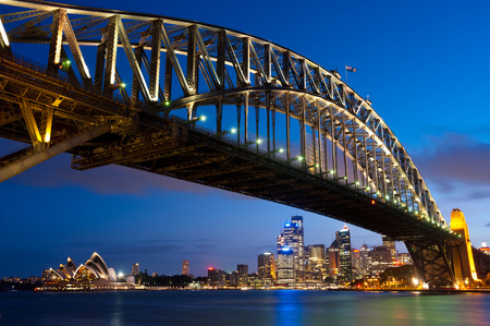 sydney harbour bridge: This image shows the Sydney Skyline as seen from Milsons Point, Australia Editorial