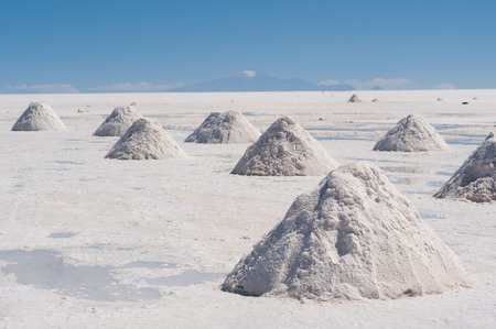This image shows salt piles on Bolivias Salar De Uyuni Stok Fotoğraf