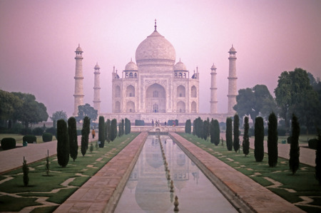jehan: This image was shot in Agra, India and shows the Taj Mahal.