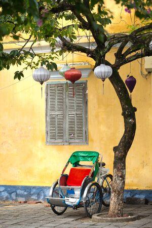 rikscha: Dieses Bild zeigt Zyklus Rickshaw in der antiken Stadt Hoi An, Vietnam Lizenzfreie Bilder