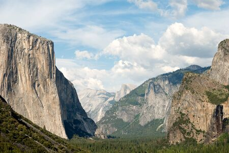 tunnel view: This image shows Tunnel View in Yosemite National Park, California