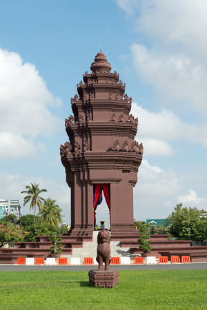 penh: This image shows Independence Monument in Phnom Penh, Cambodia