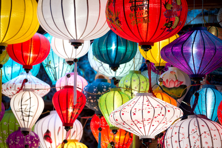 This image shows traditional lamps in Old Town Hoi An, Vietnam. 版權商用圖片
