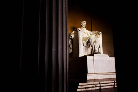 lincoln: Abraham Lincoln Memorial