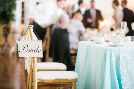 recepcion: signo de la novia en una boda