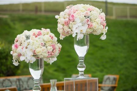 Teure Blumengesteck Standard-Bild - 44242085