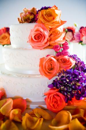 우아한 웨딩 케이크 스톡 콘텐츠
