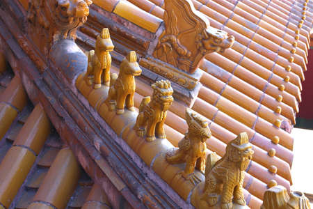 rooftile: chinese roofs tiles