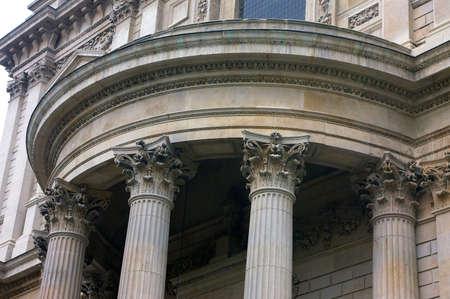 corinthian: corinthian columns, st pauls cathedral