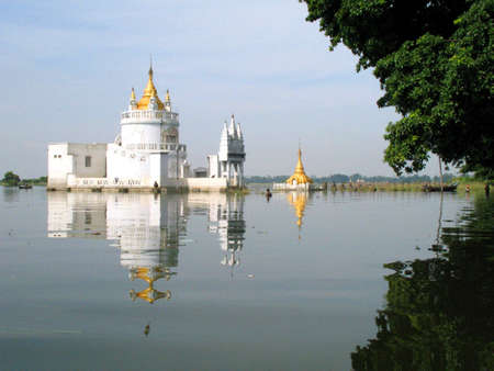 temple surrounded by water photo